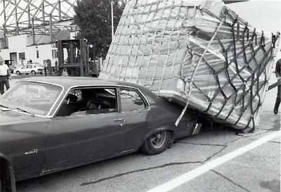 Safety at Work - Overloaded Car 005